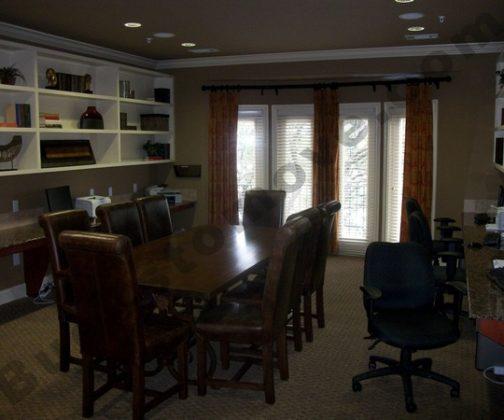 Picturesque Garage Apartment 43023pf: Luxurious Mid-rise Apartments-San Antonio Medical Center